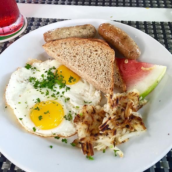 Cayman Breakfast @ Coconut Joe's