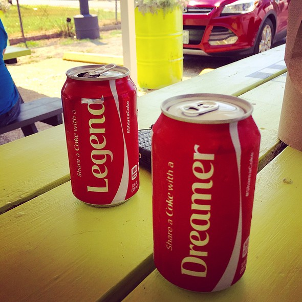Coca-cola @ Dignowity Meats