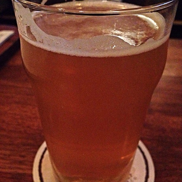 Moonage Daydream Pale Ale @ Cellarmaker