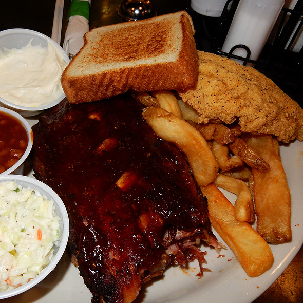 Best Meal On Beale - Blues City Cafe, Memphis, TN