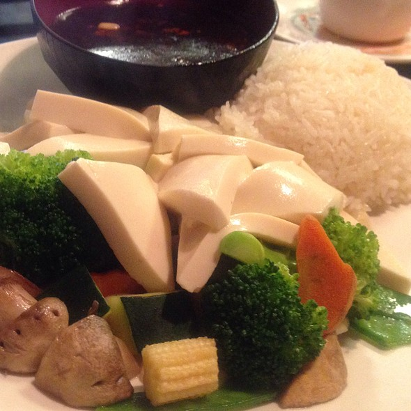Steamed Vegetables and Tofu