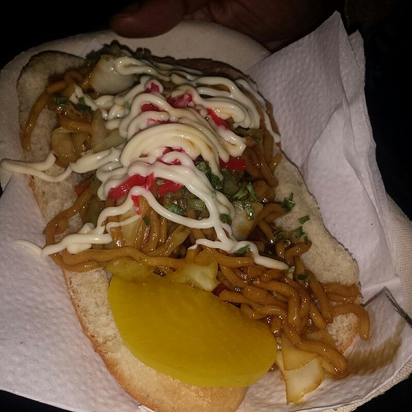 yakisoba hot dog @ Waterfront Night Market