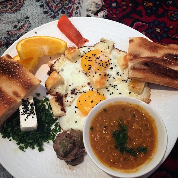Halloumi Eggs @ Takht-e Tavoos