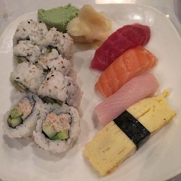 Issei Sushi Combo