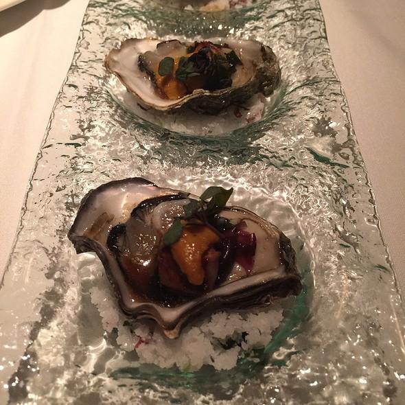 Oysters Aquanox - Aquaknox, Las Vegas, NV