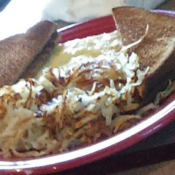 Toast With Scrambled Eggs And Hash Browns @ The Whistle Stop Cafe