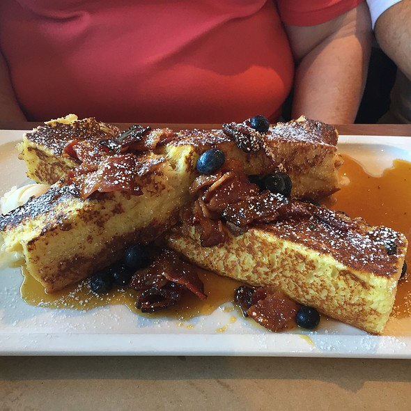 Brioche French Toast With Fresh Fruit @ Great Maple
