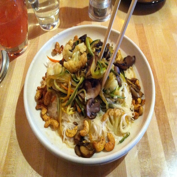 Thai Lime Noodles - Cafe Manna, Brookfield, WI