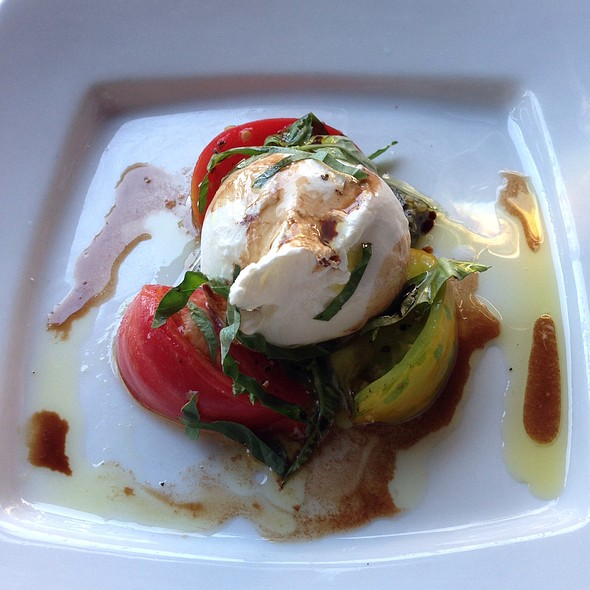 Burrata Caprese @ Plates Kitchen