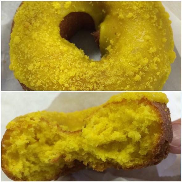 Lemon Crumb Donut