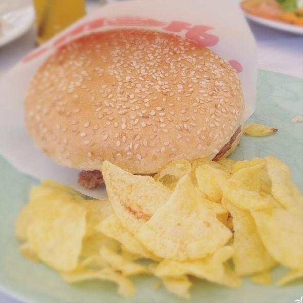 Cheeseburger @ Ponto Net