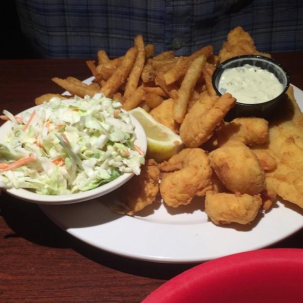 Fisherman's Platter @ Eller's Restaurant
