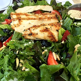Bistro Salad - Gamekeepers Taverne, Chagrin Falls, OH