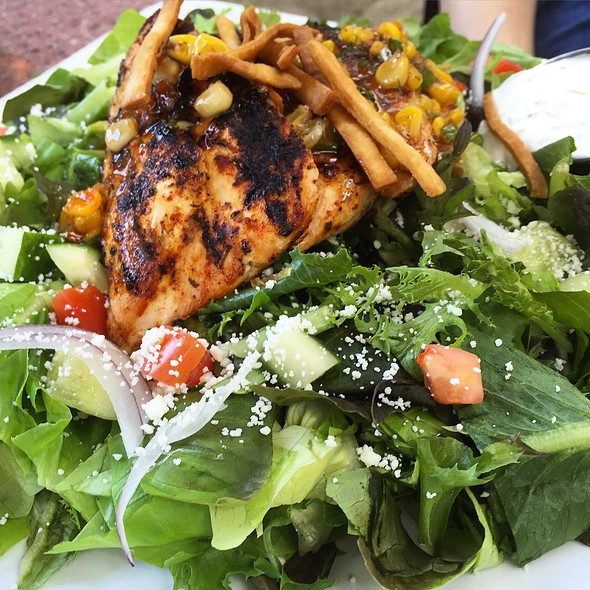 Southwestern Salad - Gamekeepers Taverne, Chagrin Falls, OH