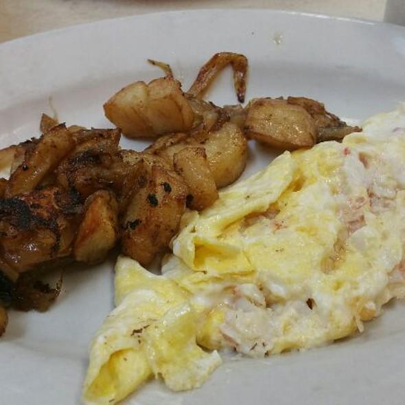 Lobster Scrambled Eggs @ Smith Street Diner