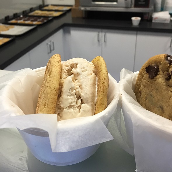 Snickerdoodle Cookies With Cinnamon Ice Cream @ Gables Ice Cream