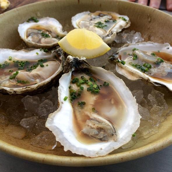 Pleasant Bay Oysters @ Loyal Nine