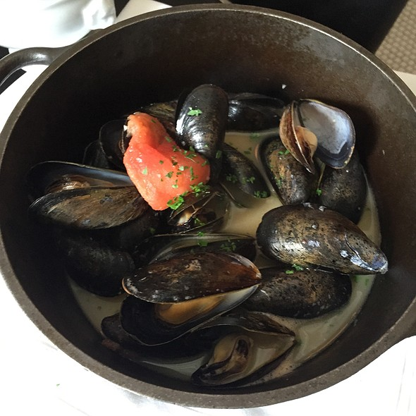 Mussels - Marliave, Boston, MA