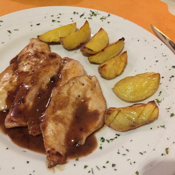 Chicken Marsala @ Restaurante Edén