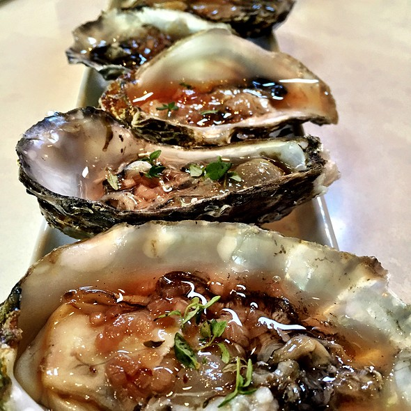 Oysters @ The Rose