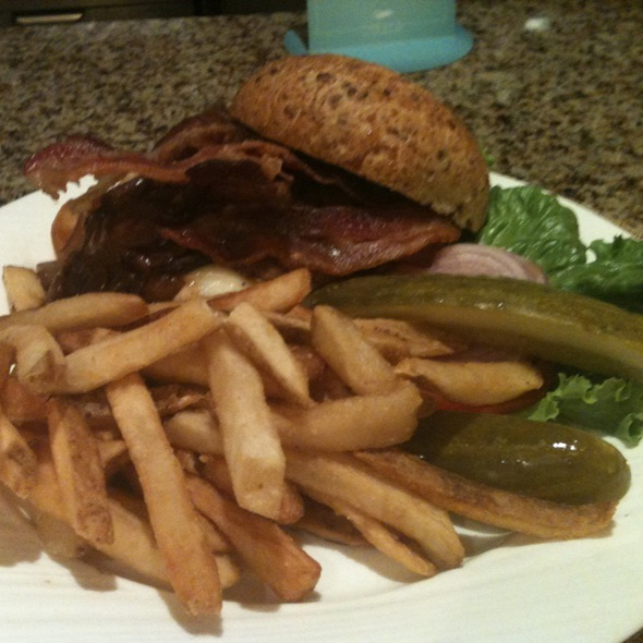 Bacon Cheeseburger With Fries @ The Peabody Orlando