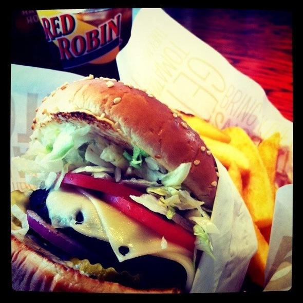 Gourmet Cheese Burger @ Red Ribbon Bakeshop