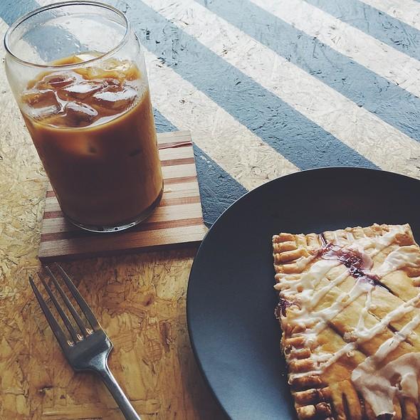 Cold Brew And Homemade Blueberry Poptart @ Blk \ Mrkt