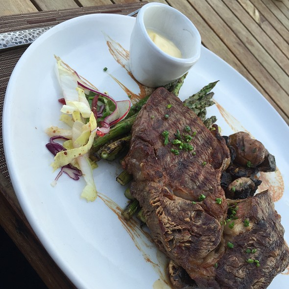 Ribeye With Asparagus And Roquefort Bleu Cheeae With A Balsamic Glaze @ El Farallon - The Resort at Pedregal
