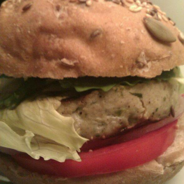 Kcal Chicken Burger (300 Cal)