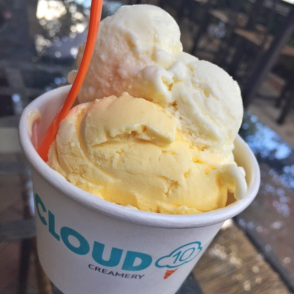 Egg Custard Ice Cream @ Cloud 10 Creamery