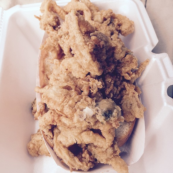 Fried Whole Bellied Clam Roll