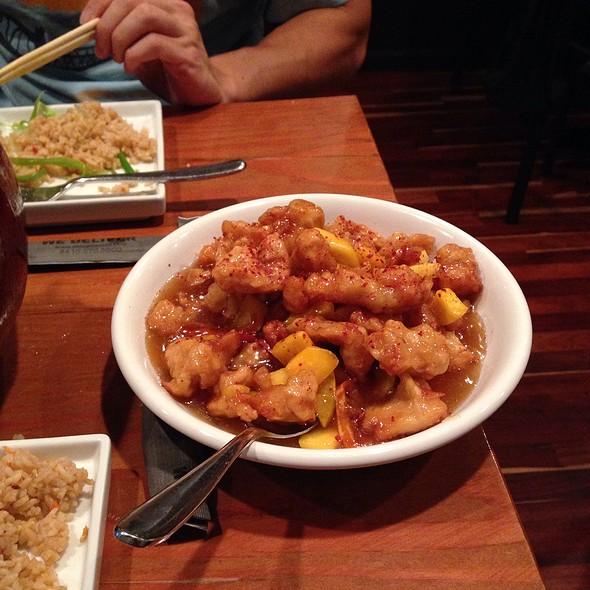 Mango Chicken @ Shiso Tavern