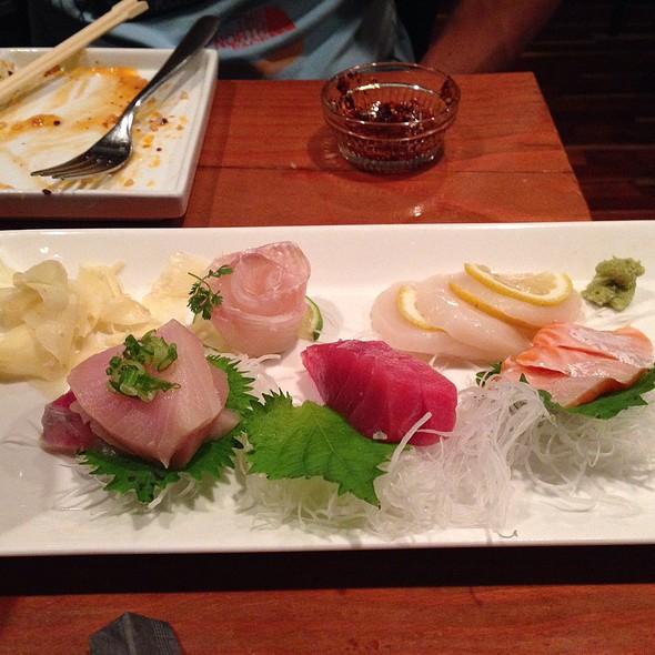 Sashimi @ Shiso Tavern