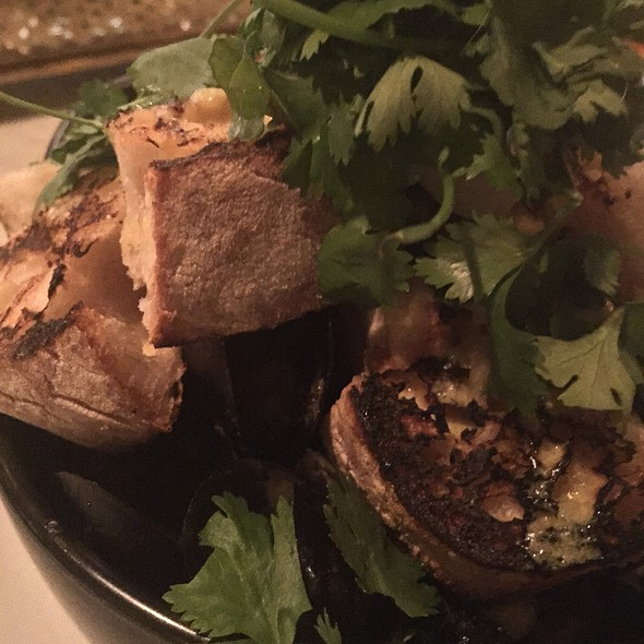 Steamed Mussels - L.A. Chapter, Los Angeles, CA