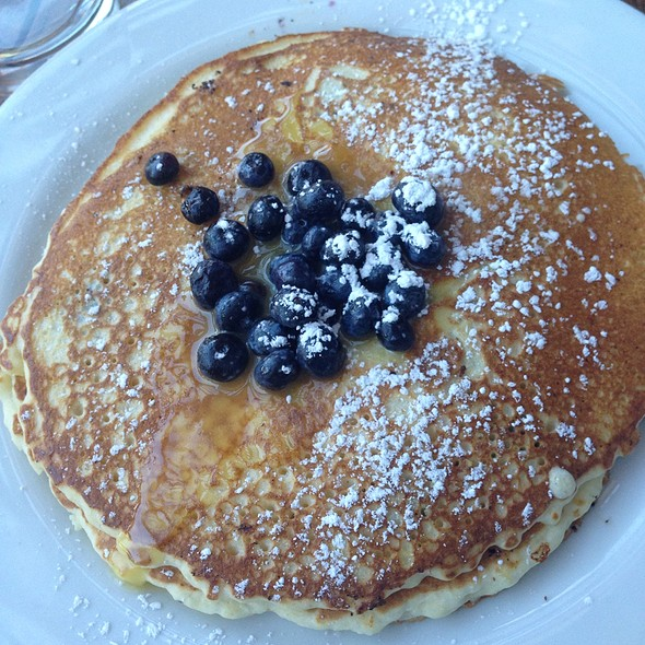 Lemon Curd And Blueberry Ricotta Pancakes @ Toast Restaurant