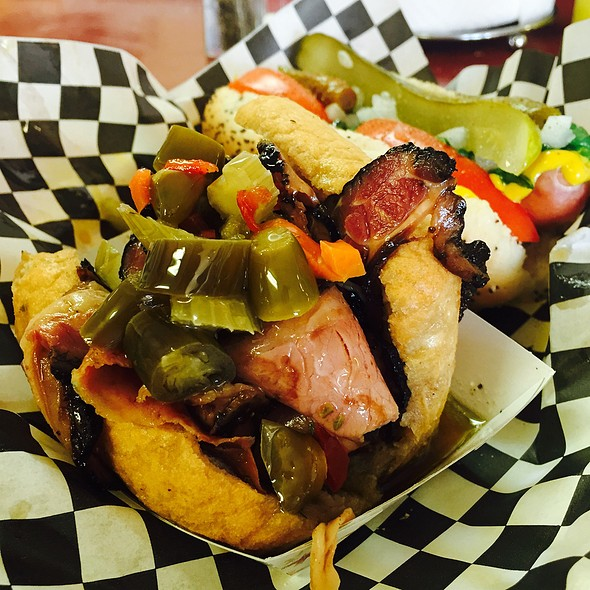 Hot Beef @ Roy's Chicago Dogs @ the Yard