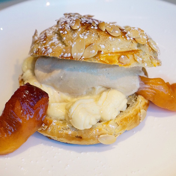 Paris-Brest, creamy puff filled with praline mousse, roasted peaches, roasted almonds, salted caramel ice cream @ Wood