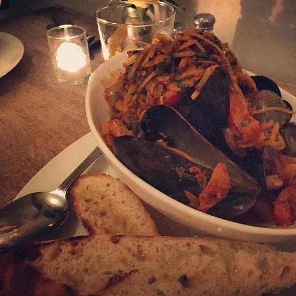 Mussels And Chorizo - Jayne's Gastropub, San Diego, CA
