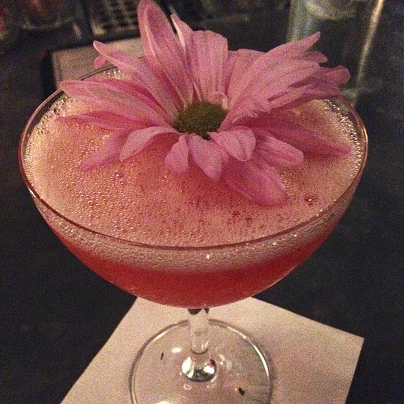 """""""Floozy"""" Cocktail @ Hill & Dale"""