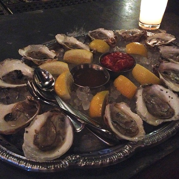 Maine Oysters @ Hill & Dale