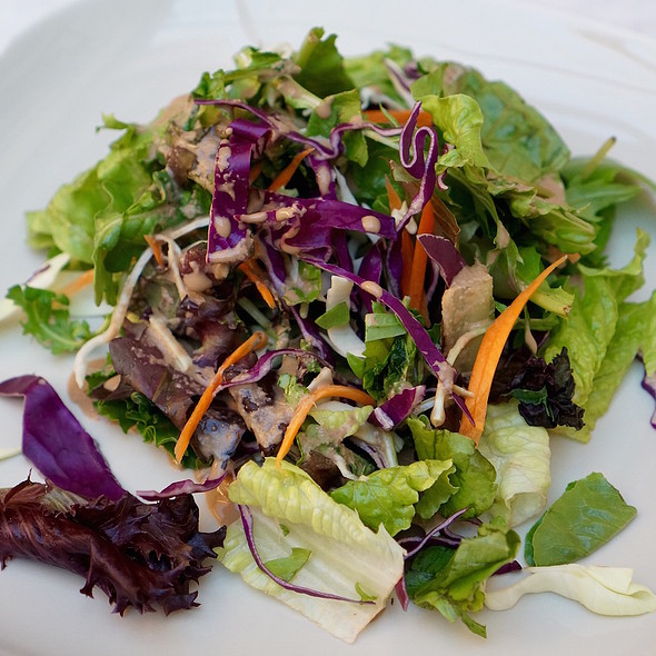 Mixed greens, balsamic and olve oil vinegarette @ Pars Cove Cafe