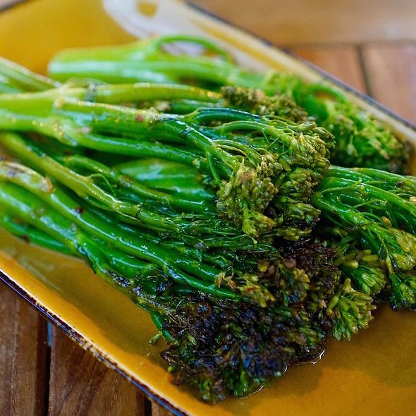 Charred broccolini, shallots, peperoncino, anchovies