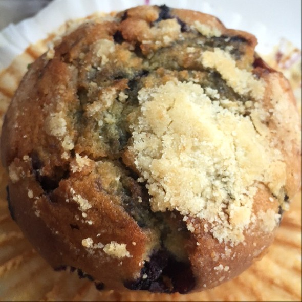 Blueberry Muffin @ Chloe's Cafe