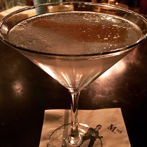 Casa Blanca: Charleston King Vodka, Dolin Blanc, And Fee Brothers Grapefruit Bitters