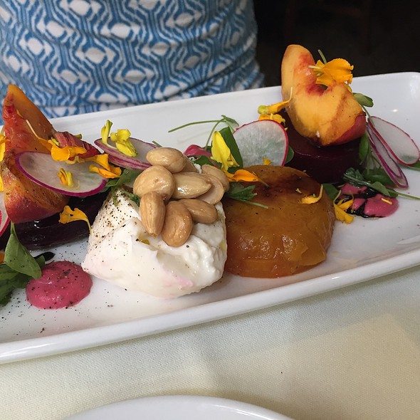 Beet Salad With Peach And Burrata @ Harvest Restaurant