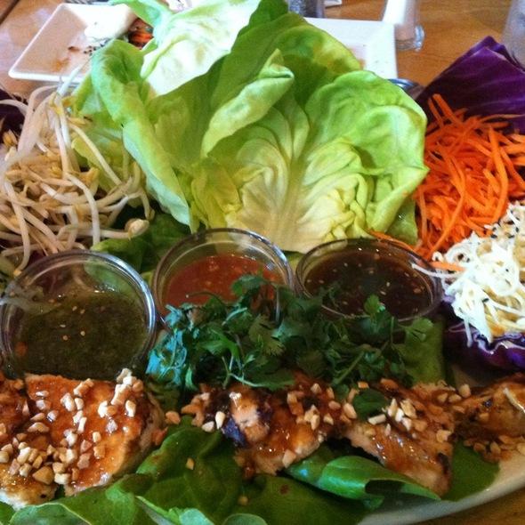 Thai Lettuce Wras