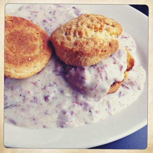 Biscuits and Gravy @ Kenny & Zuke's Delicatessen