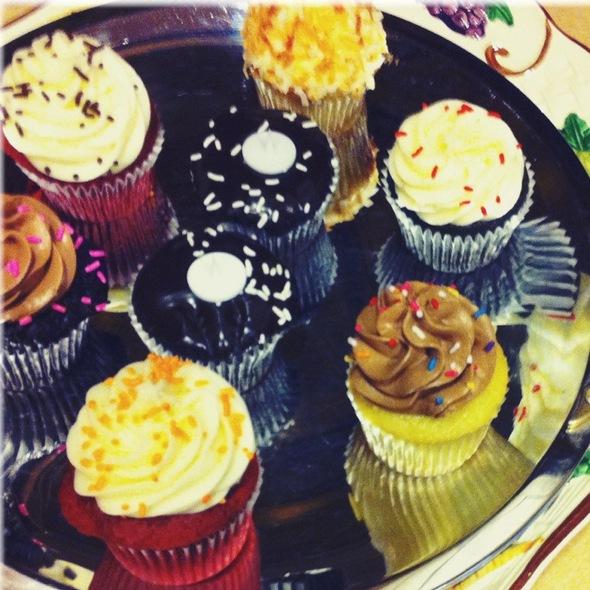 Cupcakes @ Saint Cupcake