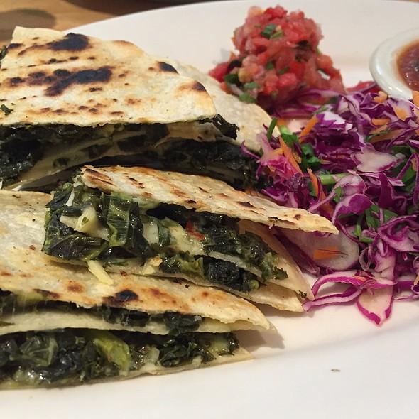 Garlicky Kale Quesadilla Special
