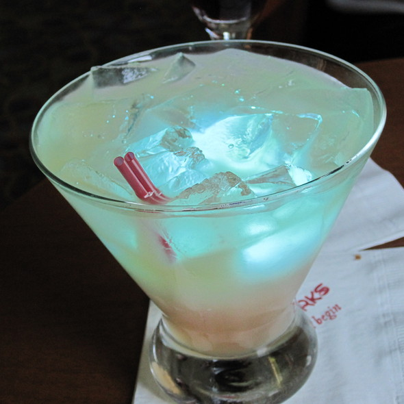 Magical Star Cocktail @ Mizner's Lounge